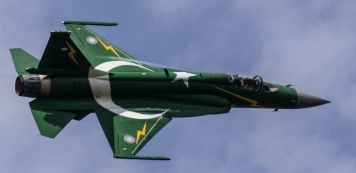 جنگنده هایِ پاکستان، منتظرِ نیروهای ایرانی در افغانستان هستند!